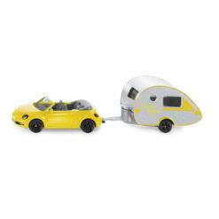 VW new beetle met caravan