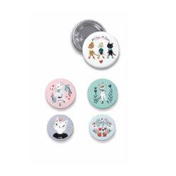 Lovely buttons katten